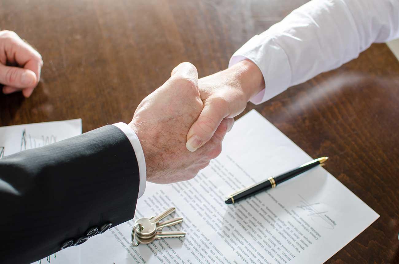 Maklervertrag